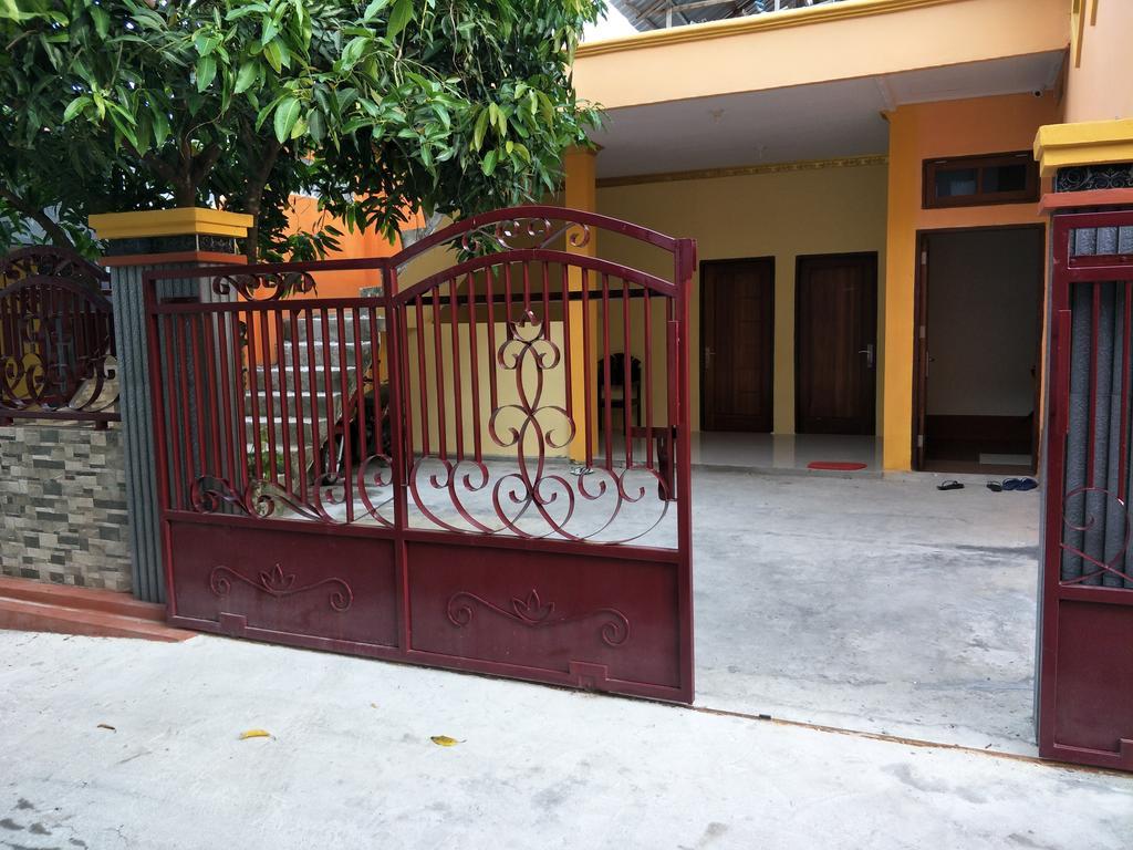 Salwa Guest House Ambon Booking Galeri Akomodasi Waterboom Waitatiri Kota