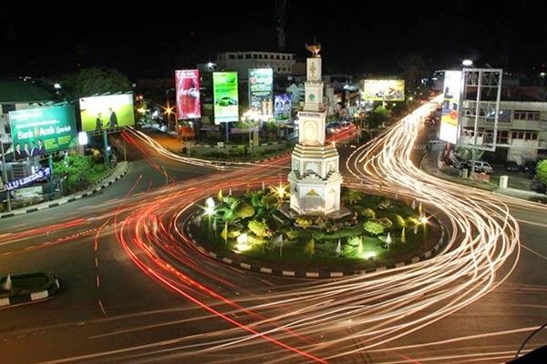 14 Tugu Banda Aceh Mendengar Kata Simpang Lima Biasanya Pikiran