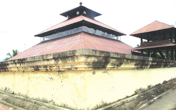 Berita Masjid Bekas Candi Aceh Harian Analisa Foto Reza Fahlevi