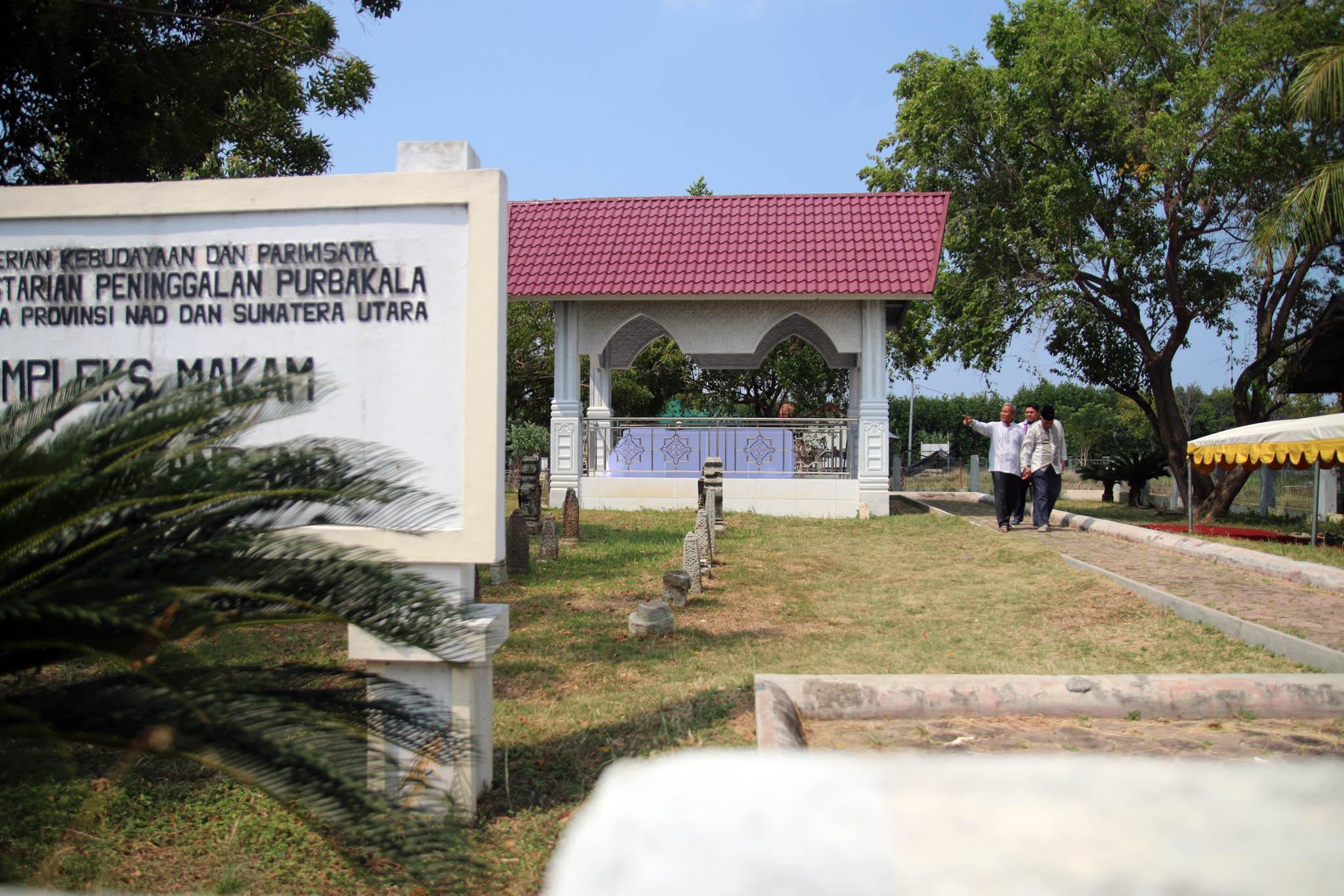 Misteri Peradaban Aceh Gampong Pande Charming Banda Komplek Makam Tuan