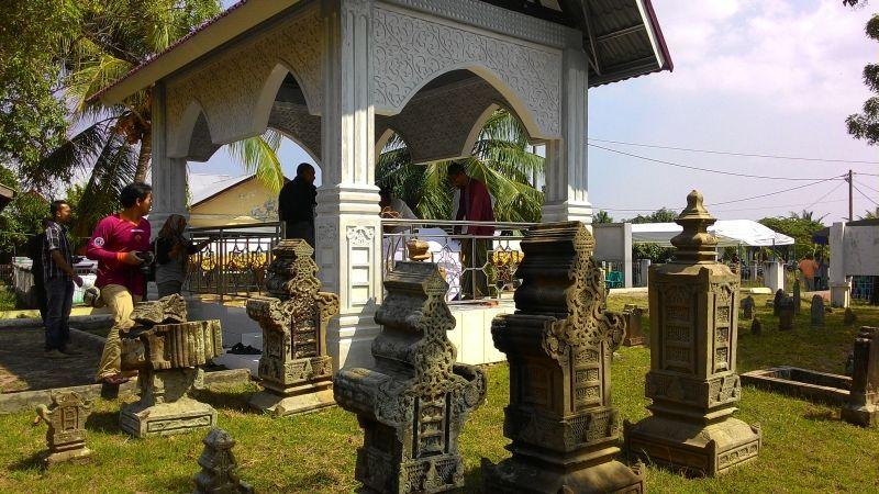 Riwayat Aceh Pande Salmanmardira Komplek Makam Tuan Kandang Gampong Banda