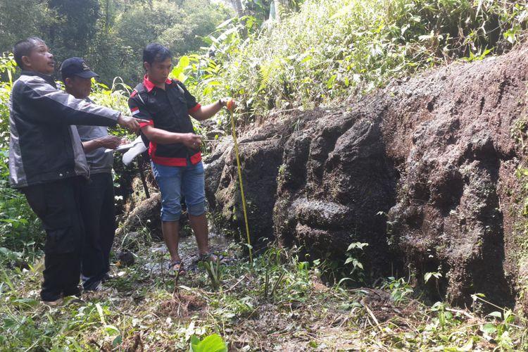 Situs Purbakala Diduga Bekas Kolam Permandian Ditemukan Petugas Balai Pelestarian