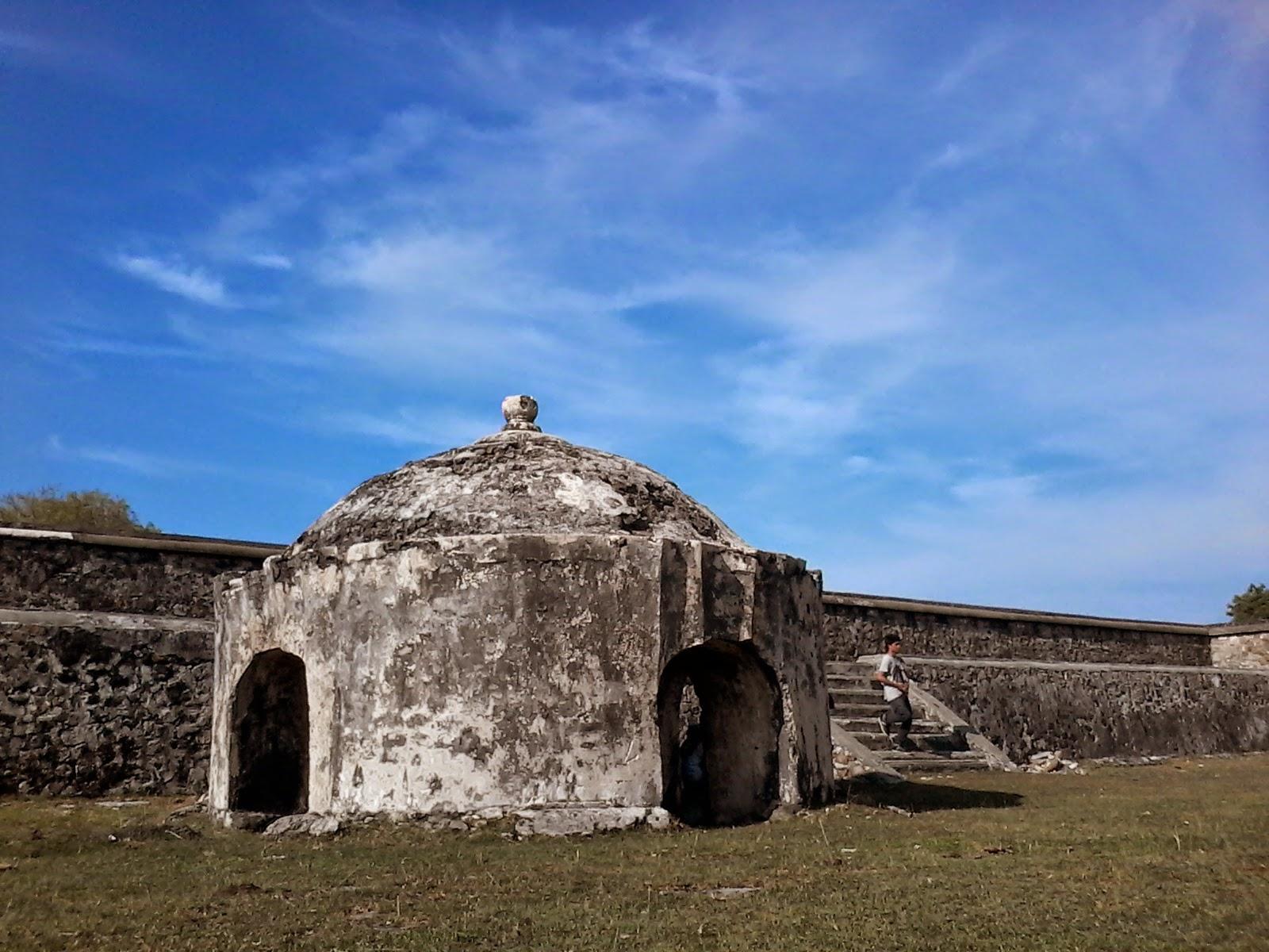 Amelia Ansari Benteng Indra Patra Wisata Peninggalan Sejarah Hindu Kerajaan