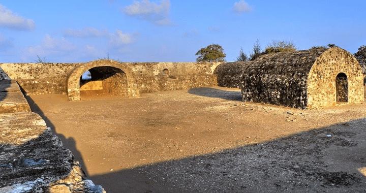 Destinasi Wisata Benteng Iskandar Muda Mendunia Jasa Penulis Indrapatra Kota