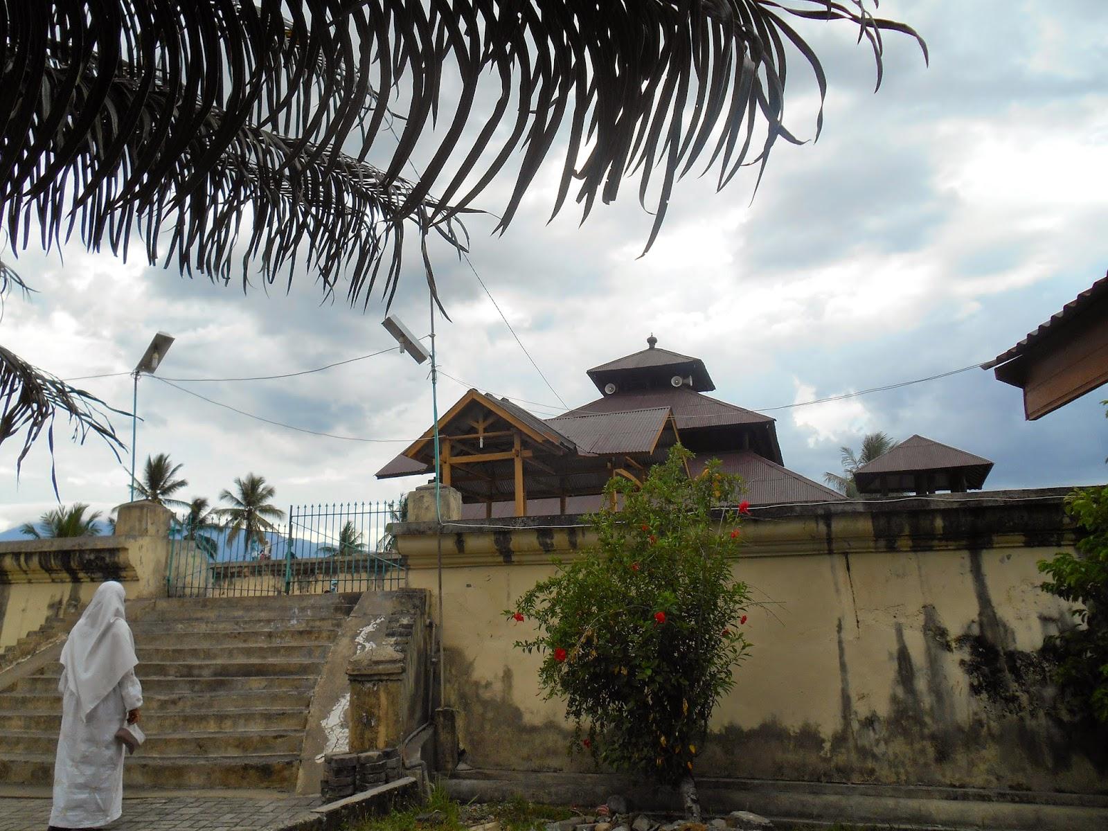 Heaven Family Holiday Pesona Masjid Jami Indrapuri Aceh Berjarak 25