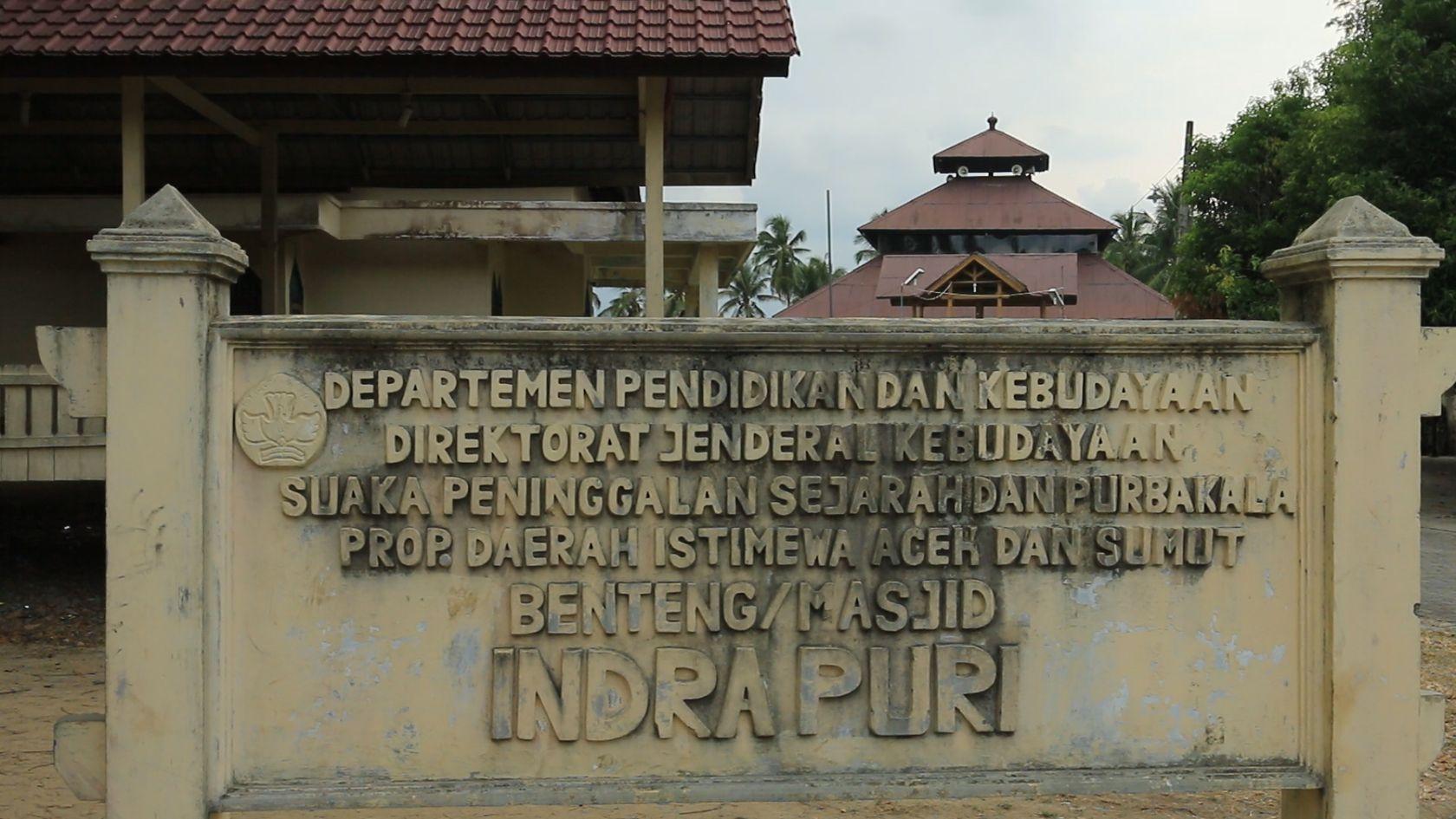 Jejak Kerajaan Hindu Aceh Kingdom Arkeolog Peneliti Melakukan Penelitian Sepanjang