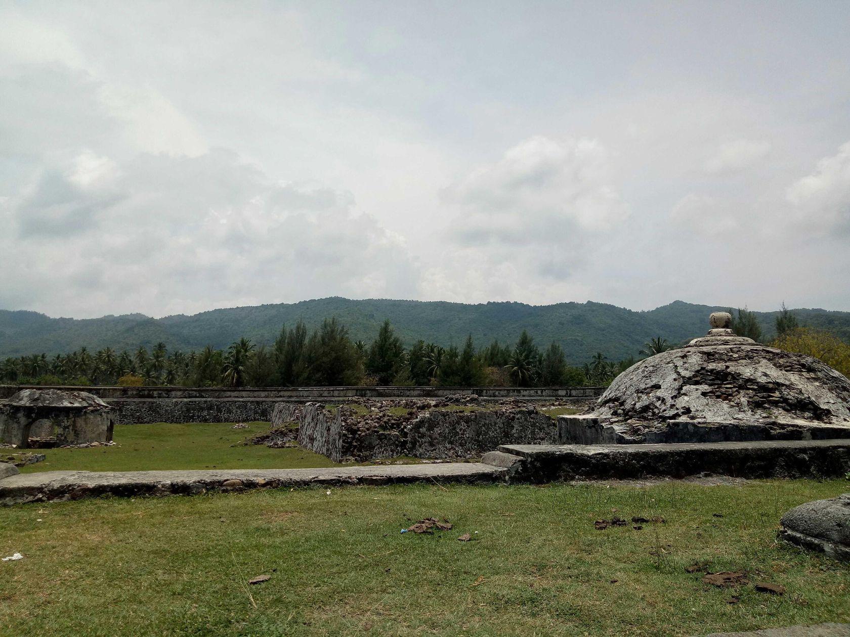 Misteri Indra Patra Steemit Benteng Terletak Gampong Ladong Krueng Raya