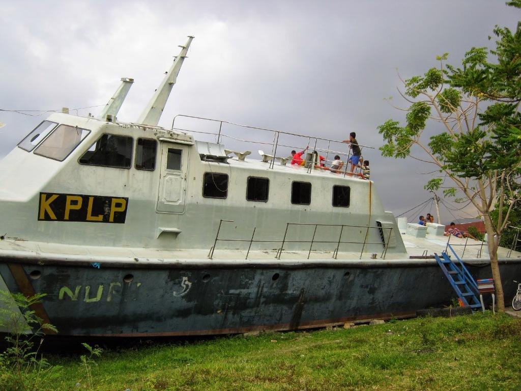Aceh 7 Tsunami Track Banda Kota Img 1455 Kapal