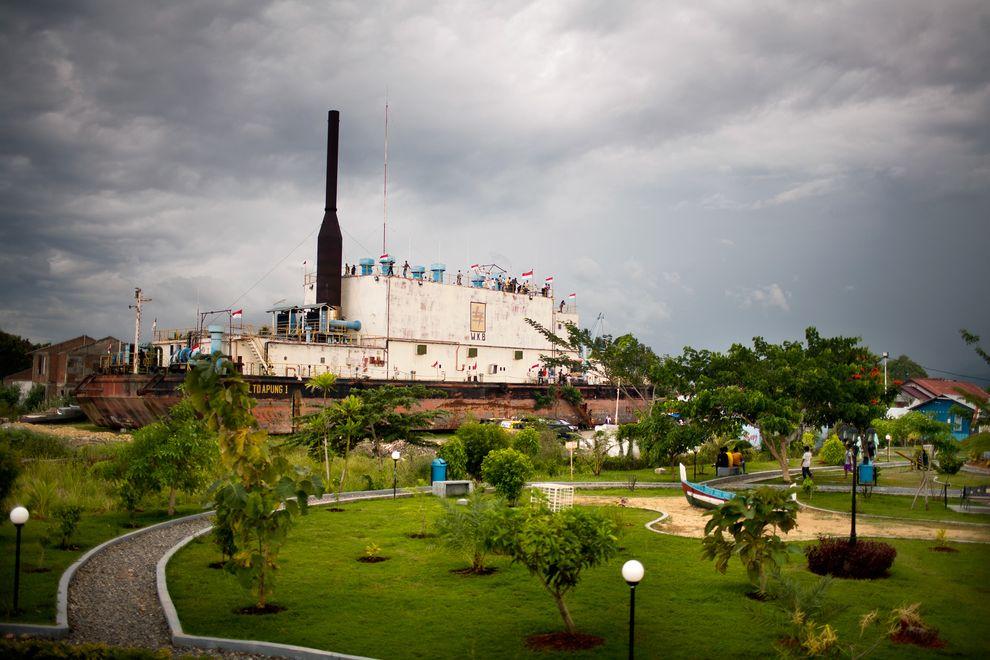 Indonesia Aceh Tsunami Kaskus Hot Threads Kapal Kota Banda