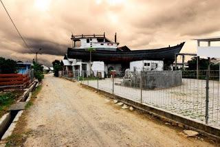 Kapal Atas Rumah Lampulo Banda Aceh Model Kota Madani Diatas