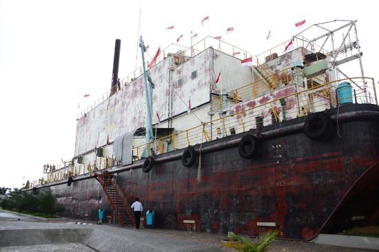 Kapal Pltd Apung 1 Picture Boat Desa Lampulo Banda Aceh