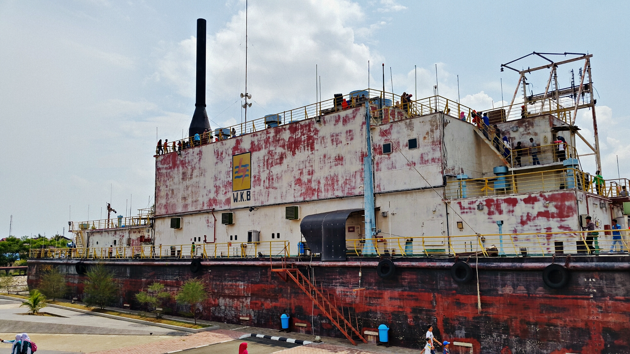 Menginjakkan Kaki Ujung Barat Indonesiatravellietravellie Nggak Ketinggalan Banda Aceh Tentu