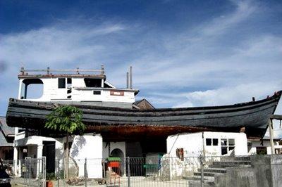 Museum Tsunami Aceh Indonesian Landmarks Kapal Apung Lampulo Kota Banda