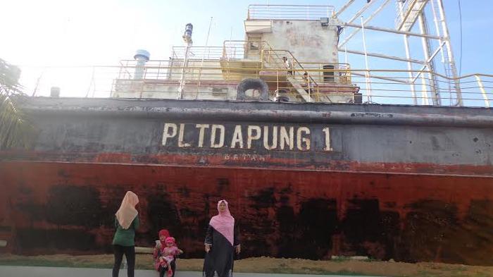 Tiga Objek Wisata Mengenang Tsunami Aceh Kapal Pltd Apung Hingga