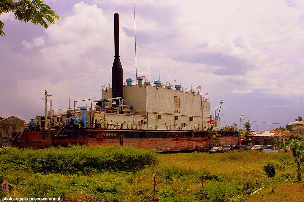 Wisata Bersejarah Kapal Apung Lampulo Banda Aceh Yoshiewafa Tsunami Kota