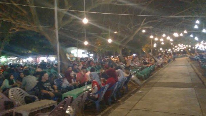 Jelajah Kuliner Malam Blang Padang Semakin Bersinar Serambi Indonesia Lapangan