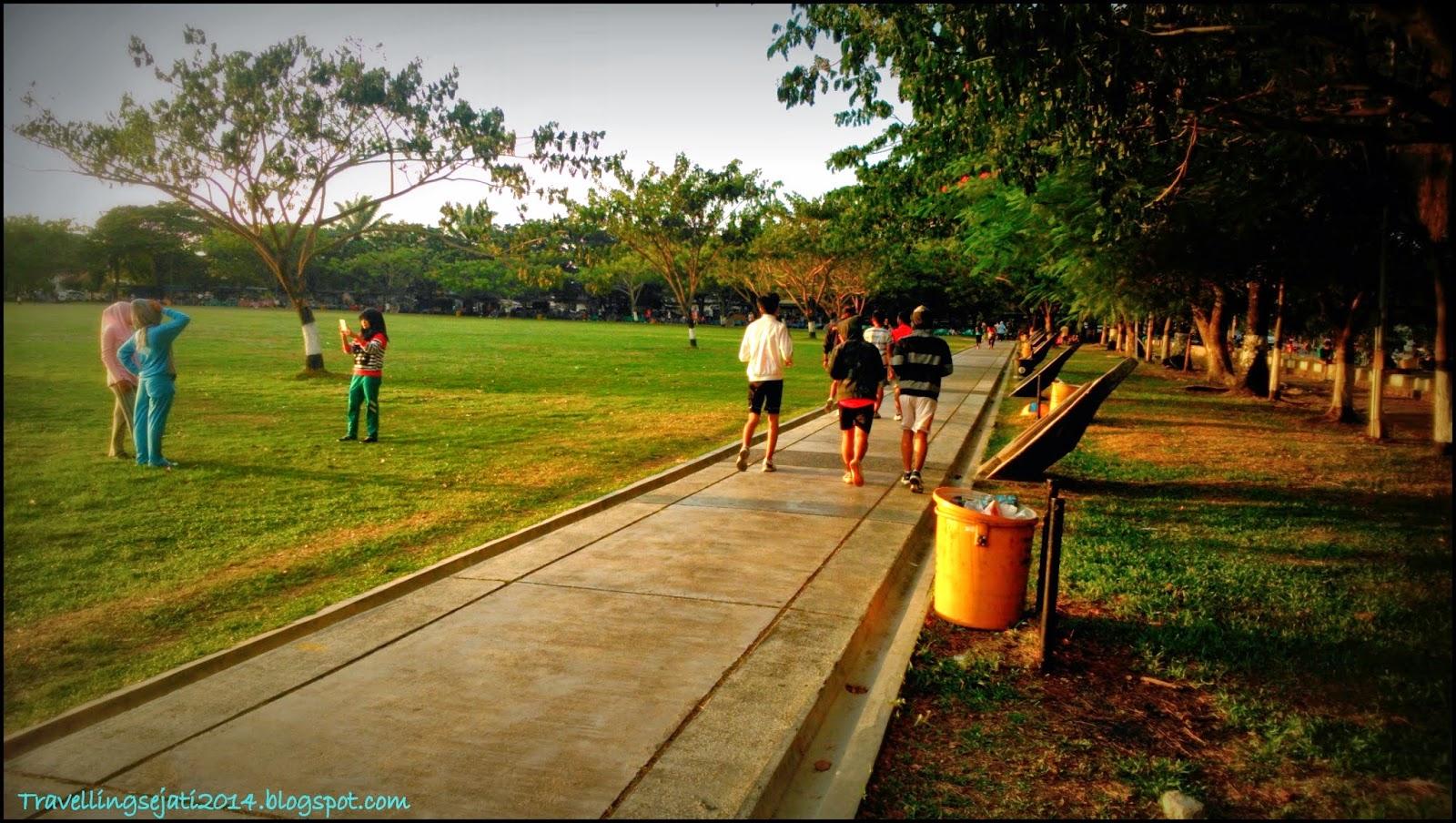 Lapangan Bersejarah Terletak Pusat Kota Banda Aceh Melakukan Jogging Blang
