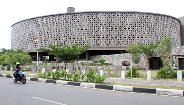 Peringatan Tsunami Aceh Dipusatkan Blang Padang Nasional Tempo Pengendara Motor