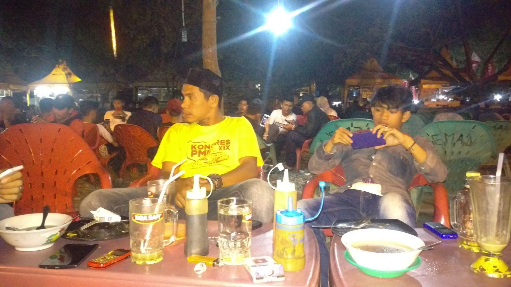 Wisata Malam Kota Banda Aceh Steemkr Bersama Rekan Nyantai Lapangan
