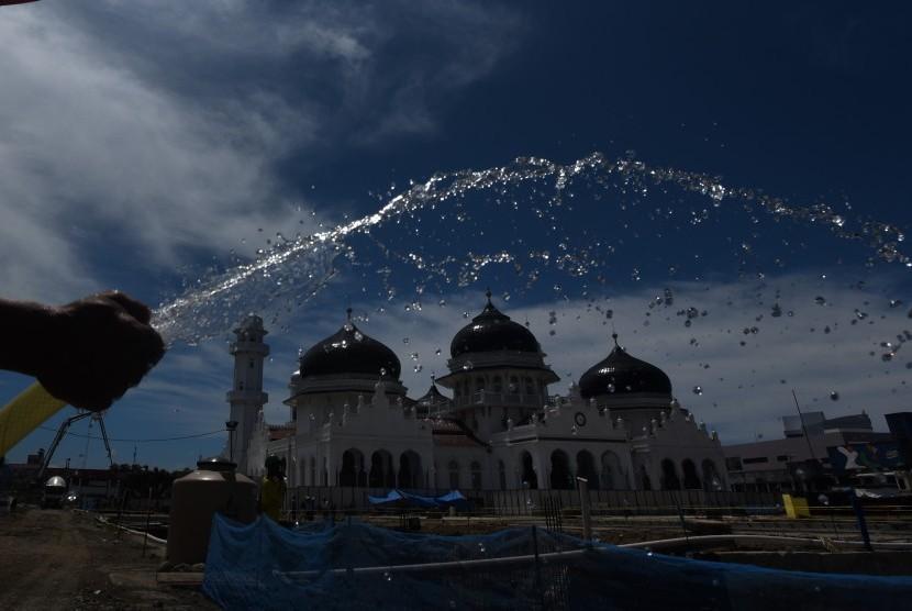 3 Jejak Kerajaan Aceh Darussalam Republika Online Pekerja Menyelesaikan Pembangunan
