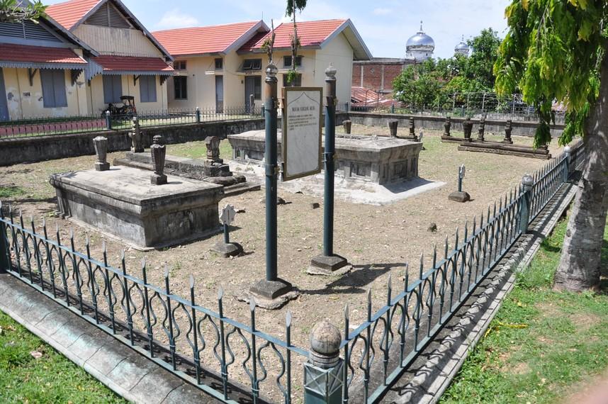 Makam Kandang Meuh Aceh Artinya Pahatan Terdapat Nisannya Tidak Serumit