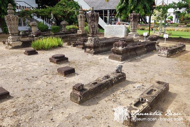 Museum Aceh Banda Menarik Nih Pula Nisan Pendek Anak Kah