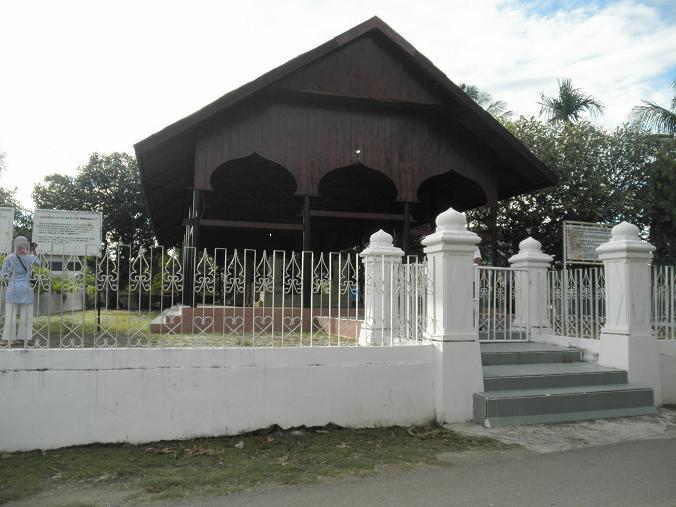 Seni Melayu Malay Olden Art Komplek Makam Tomb Complex Kandang