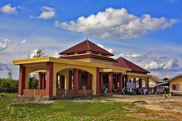 Berwisata Makam Syiah Kuala Bukti Kekuasaan Pencipta Dibal Tampak Depan