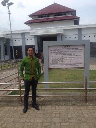 Kompleks Makam Syiah Kuala Picture Sheikh Graveyard Berpose Kota Banda