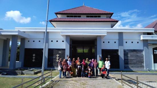 Kompleks Makam Syiah Kuala Picture Sheikh Graveyard Kunjungan Keluarga Kota