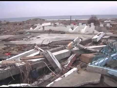Kondisi Makam Syiah Kuala 3 Hari Setelah Tsunami Aceh 29