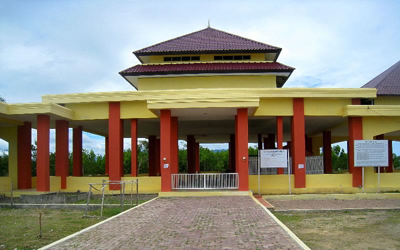 Makam Syiah Kuala Jejak Terserak Kota Banda Aceh