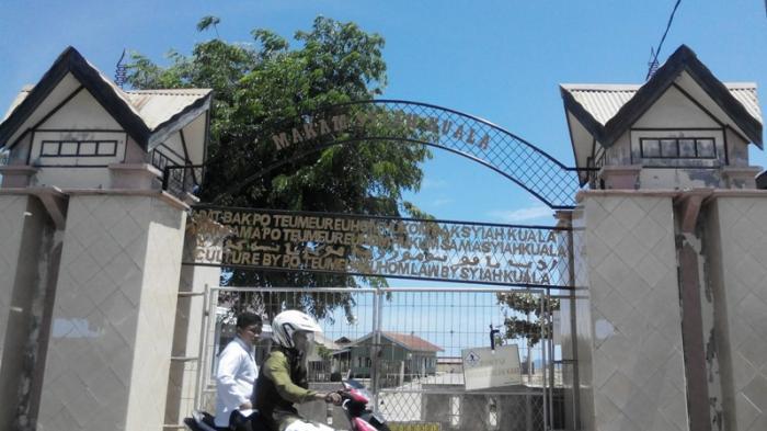 Tiga Destinasi Wisata Religi Aceh Masjid Raya Baiturrahman Makam Kompleks