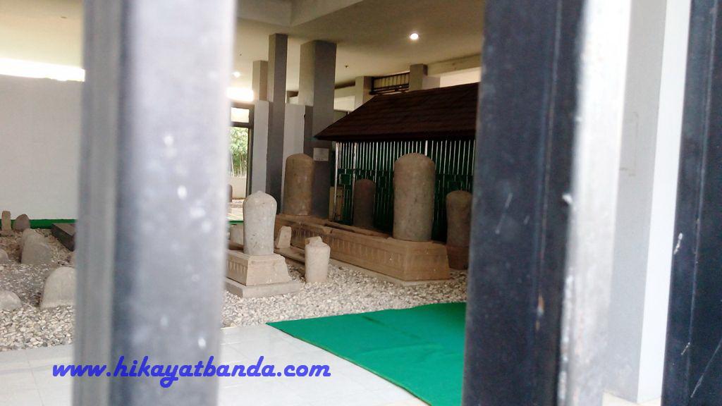 Wisata Banda Aceh Makam Terbang Alue Naga Love Syiah Kuala