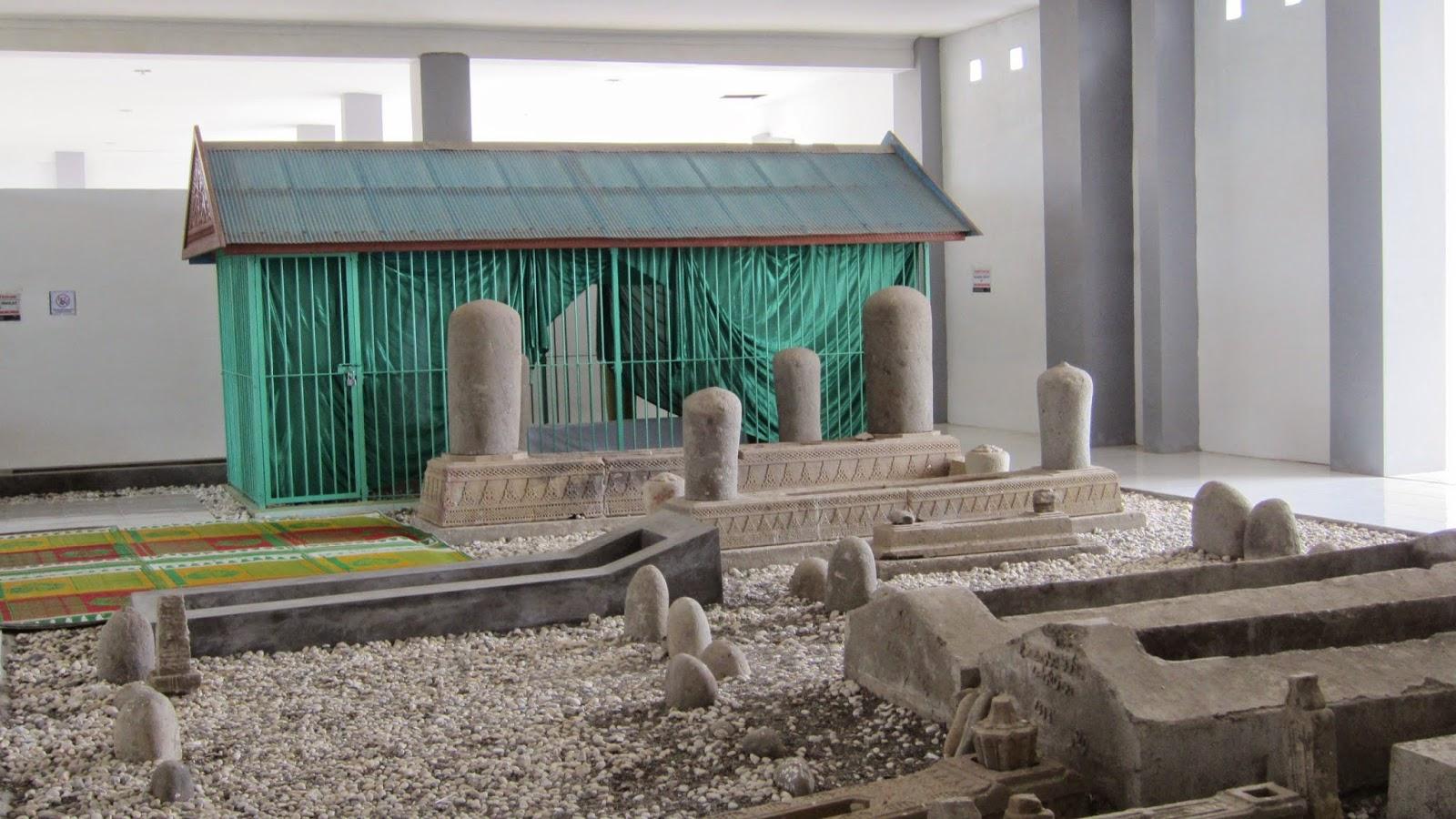 Wisata Religi Makam Syiah Kuala Banda Aceh Data Kota