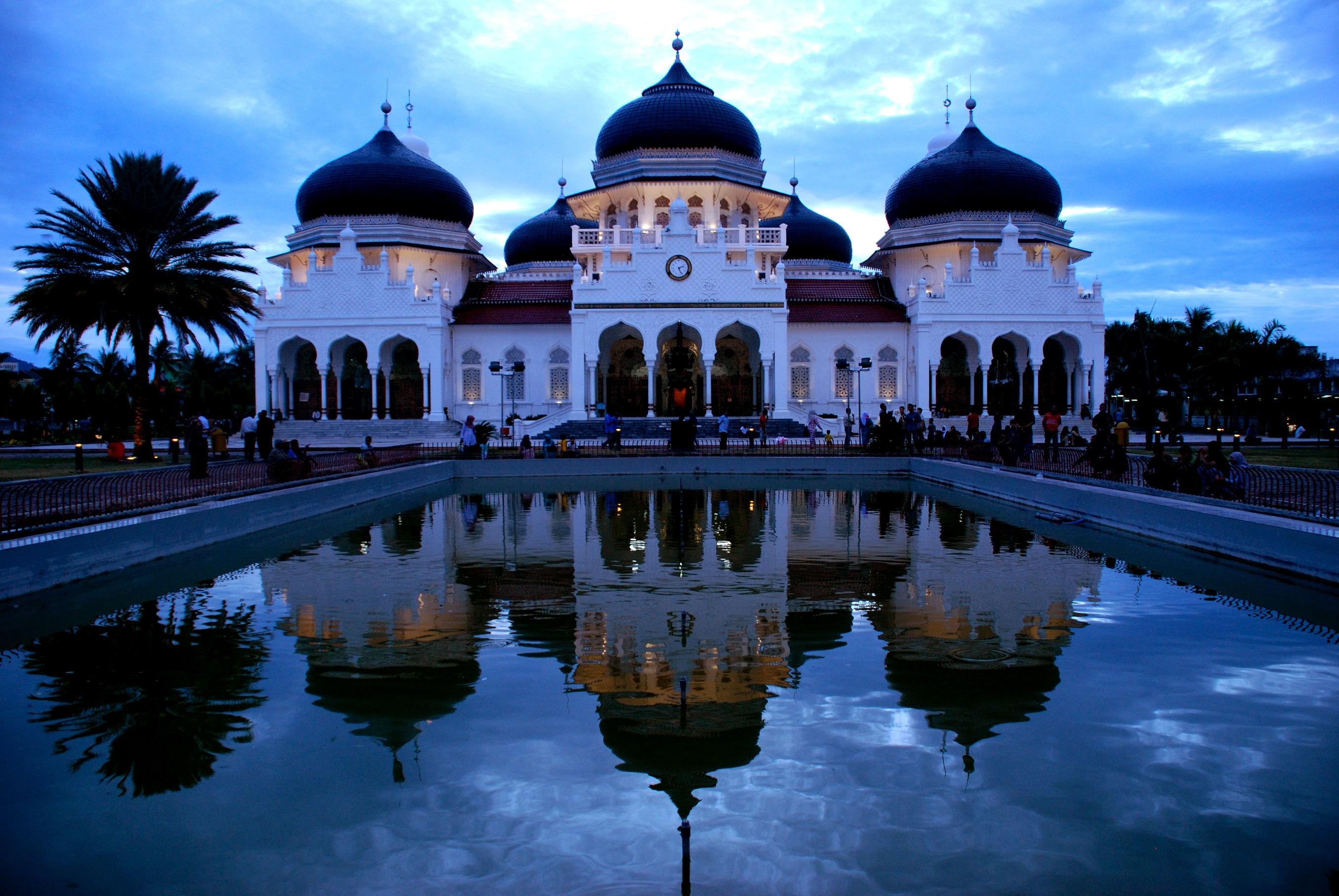 10 Tempat Wisata Aceh Wajib Dikunjungi Masjid Raya Baiturrahman Baiturrahim