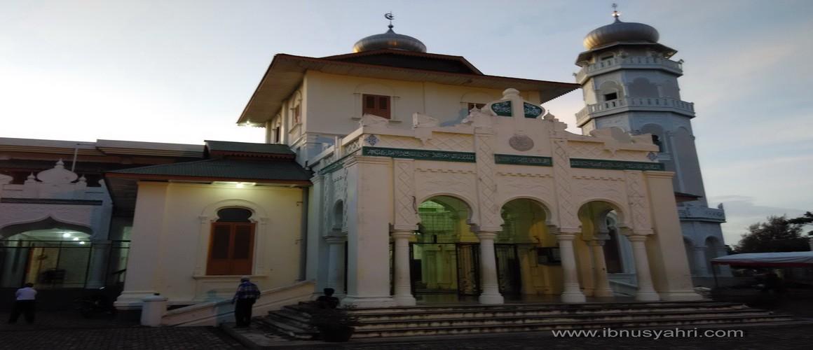 Aceh Merasakan Denyut Kedahsyatan Tsunami Masjid Baiturrahim Ulee Lheue Kota