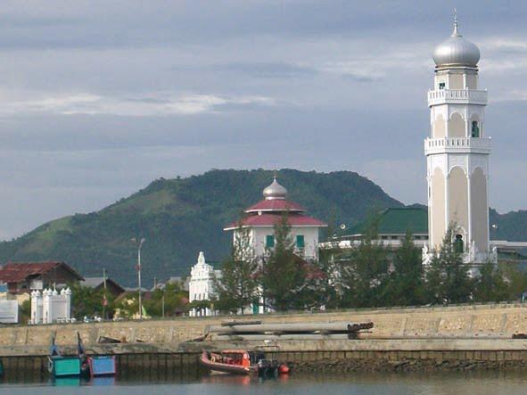 Informasi Tentang Aceh Masjid Baiturrahim Ulee Lheue Kemukiman Meuraxa Desa