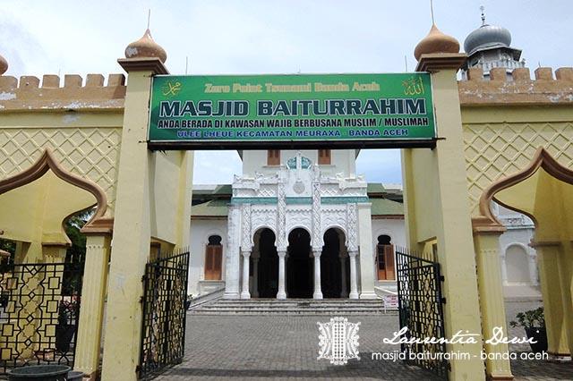 Masjid Baiturrahim Banda Aceh Disinilah Meninggalkan Alamatnya Menurut Google Gp