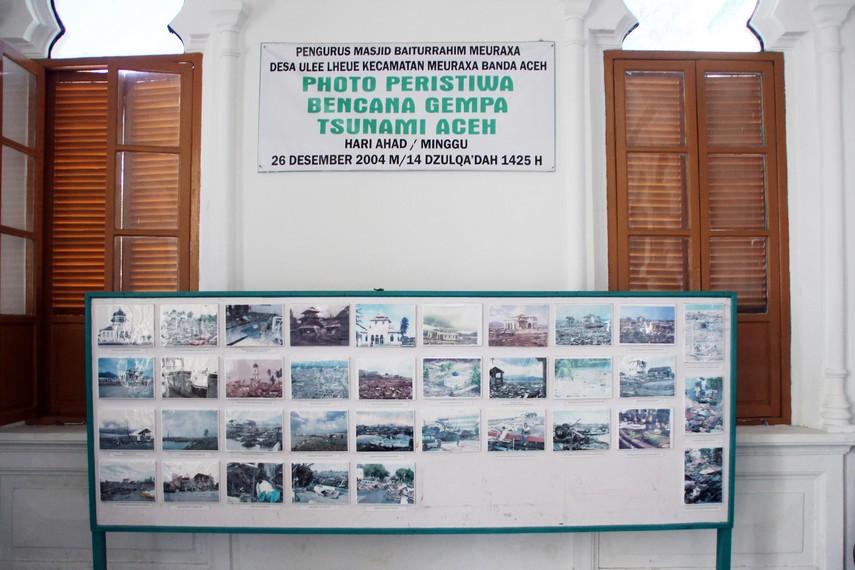 Masjid Baiturrahim Saksi Kedahsyatan Tsunami Ulee Lheue Halaman Sebagian Replika