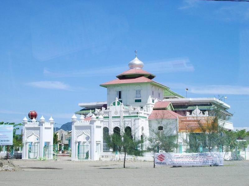 Masjid Baiturrahim Ulee Lheue Banda Aceh Ayra Jo2 Flickr Kota