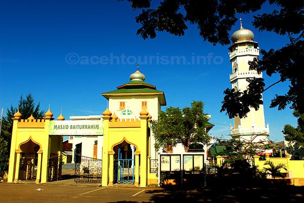 Masjid Baiturrahim Wisata Religi Aceh Tourism Raya Baiturrahman Salah Satu