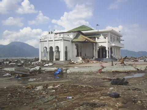 Masjid Tsunami Banda Aceh Indonesia Atjeh Darussalam Baiturrahim Ulee Lheue
