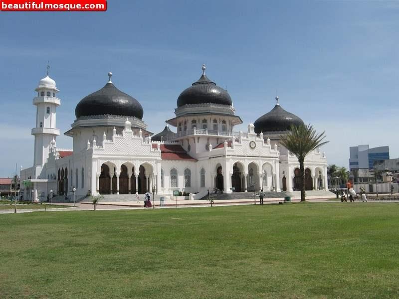 Beautiful Mosques Pictures Images Masjid Raya Baiturrahman Grand Mosque Kota