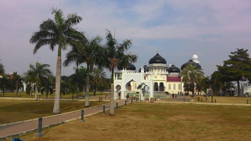 Masjid Raya Baiturrahman Adopsi Payung Elektrik Nabawi Https Img Okeinfo