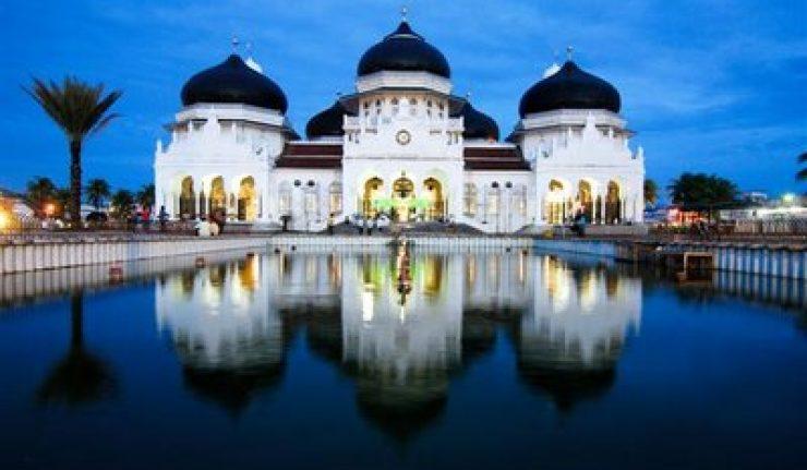 Masjid Raya Baiturrahman Banda Aceh Diperluas Muslimdaily Net Salah Satu