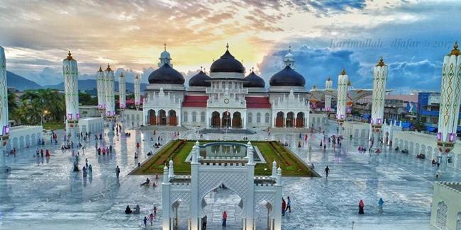 Panorama Masjid Raya Baiturrahman Banda Aceh Kota