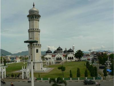 Risalah Mutiara Tauhid Masjid Raya Baiturrahman Banda Aceh Foto Kota