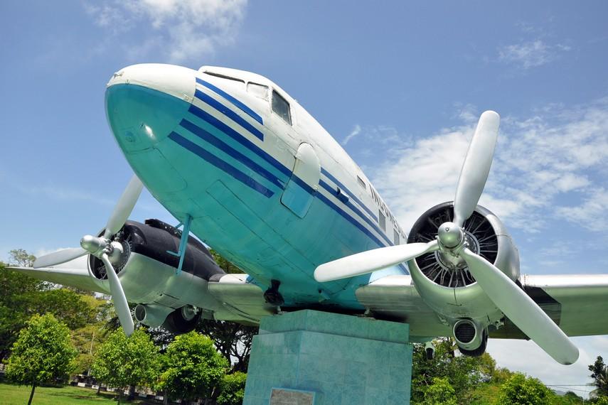 Monumen Seulawah Ri 001 Aceh Kamera Budaya Sejarah Membuktikan Menjadi