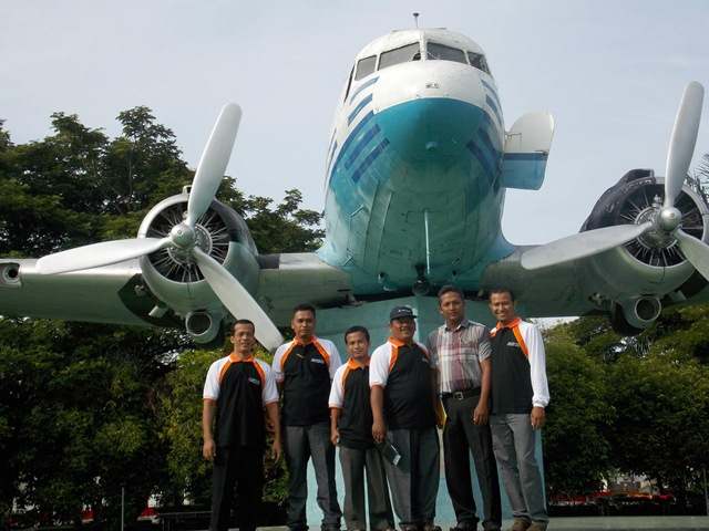 Nasibmu Pesawat Ri 001 Seulawah Monumen Kota Banda Aceh